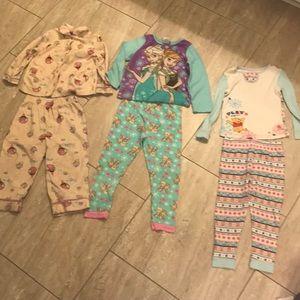 Girls Winter Set of Pajamas